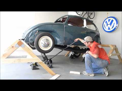1966 VW Beetle - Body Removal - One Person - Remove Body Chassis Bug - (2x Speed)