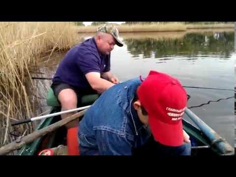 ловля рыбы весной на днепре