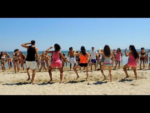 Juicy Wiggle - Redfoo - Villaggio Holiday - Giulianova - Ivana Pawlasova