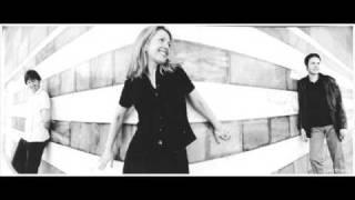 Watch Saint Etienne Finisterre video