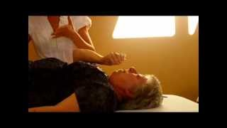 Healing Physical Pain with the Lightworkers Healing Method of Divine Energy Healing