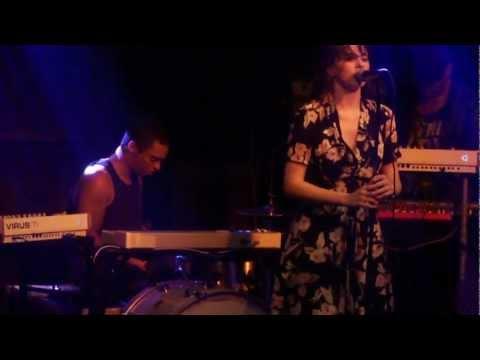 Bosnian Rainbows / Omar Rodríguez-López Group - I Cry For You - 2012-09-12 Helsinki