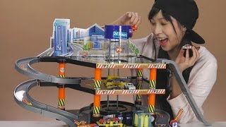《Toy Show#11》車車最酷炫的秘密基地! FastLane超級停車場玩具