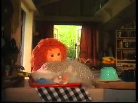 Tots TV - 'Tilly's Bubble Trouble'