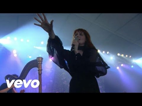 Florence + The Machine - Rabbit Heart (Raise It Up) - LIVE from Bonnaroo, 2011