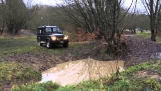 Land Rover Defender TD5 deep hole