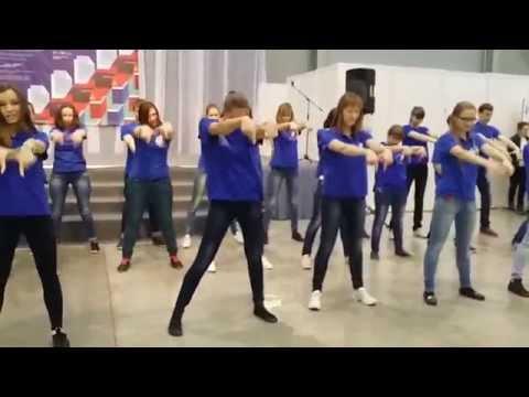 Флэшмоб студентов ПГГПУ на ярмарке Образование и карьера - 2015
