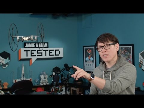 Show And Tell: Parrot Rolling Spider Mini-quadcopter video