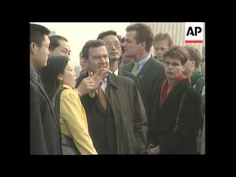 CHINA: GERHARD SCHROEDER & ZEMIN DISCUSS DEMOCRACY