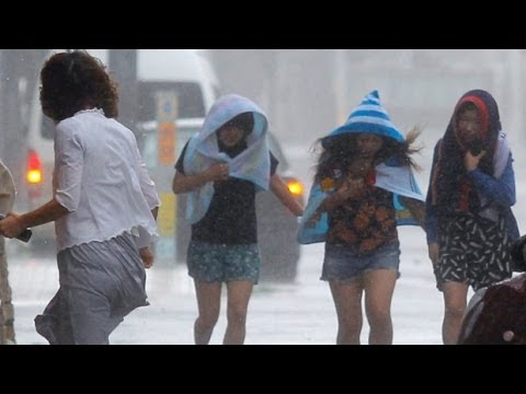 Powerful Typhoon Neoguri Strikes Okinawa, Japan: 118-mph