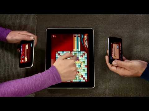 Thumb Jugar Palabras Cruzadas (Scrabble) con iPods Touch y un iPad