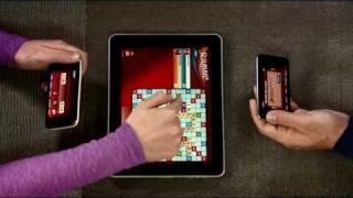 Thumb Jugar Palabras Cruzadas (Scrabble) con iPods Touch y un iPad