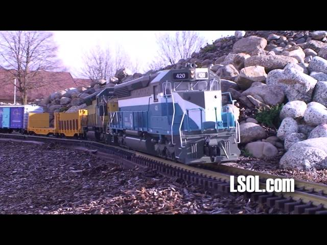 Garden Trains: Aristo-Craft SD-45 Locomotive