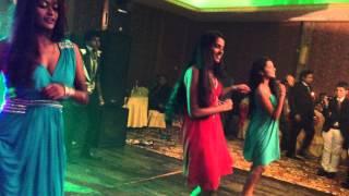 මෙන්න අපේ රටේ වෙඩින් එකක තවත් පට්ටම Surprise Dance එකක්...!! surprise dance mix(sri lanka)