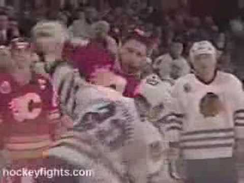Download Lagu Stern vs Russell, Smyth vs Grimson Feb 21, 1993 MP3 Free