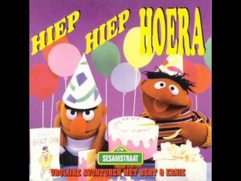 Bert En Ernie Hiep Hiep Hoera 5 7 Youtube