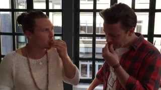 Jamie Oliver tries Durian