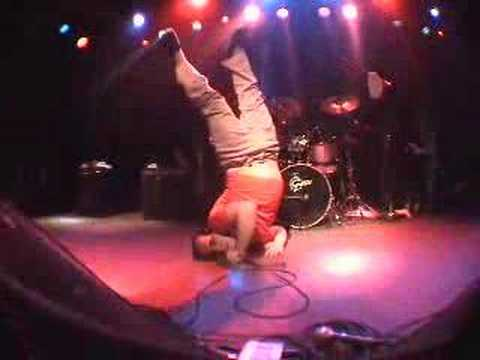 Har Mar Superstar - Body Request (live in SF 12-2-05)