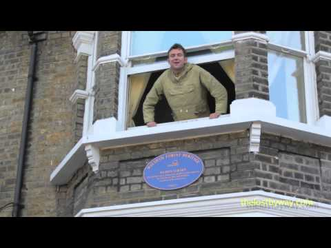 Damon Albarn unveils his Blue Plaque in Leytonstone
