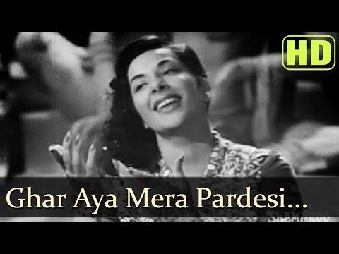 Ghar Aaya Mera Pardesi (HD) - Nargis - Raj Kapoor - Awaara songs...