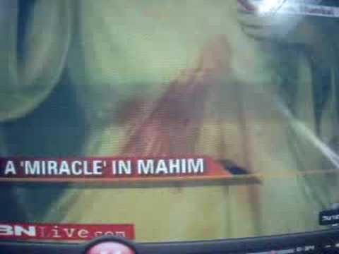 DIVINE MERCY BLEEDING(VENERATION) AT MAHIM,MUMBAI,INDIA.