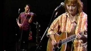 Watch Indigo Girls Ghost video