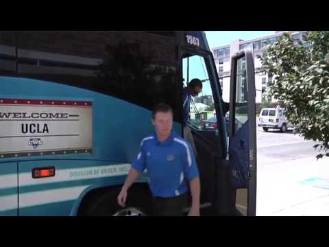 UCLA Baseball Arrives in Omaha