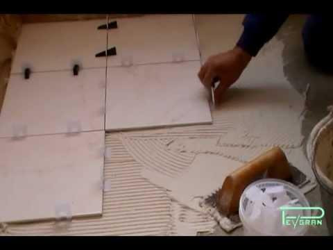 Sistema de nivelaci n de cer mica para pavimento y pared for Como poner baldosas en pared