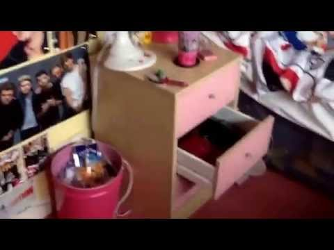 My one direction room tour ( mums house)