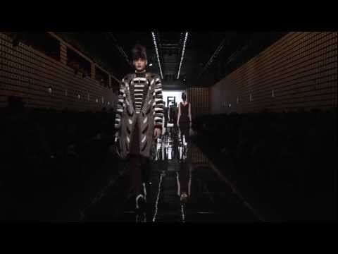 Fendi Women Fall/Winter 2013-14 Fashion Show