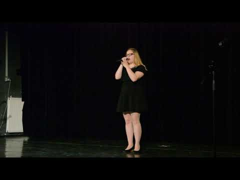 A művészeti iskola ének tanszakos diákjainak évzáró műsora