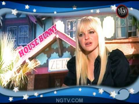 Anna Faris & Rumer Willis on The House Bunny