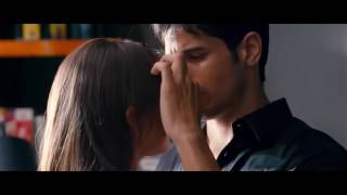 Alia Bhatt Kissing Scene  SOTY STUDENT Of The Year
