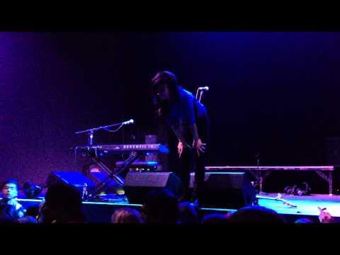 Lights performing 'Toes' live in SLC Utah (acoustic)