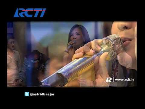 download lagu Dahsyat 17 Des 13 - Raffi Duet Dengan Astrid gratis