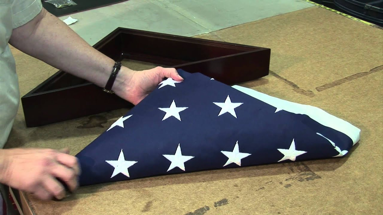 how to fold a flag and put it into a memorial case correctly youtube. Black Bedroom Furniture Sets. Home Design Ideas