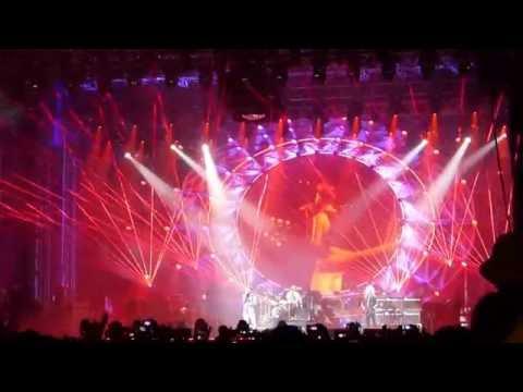 Queen & Adam Lambert - Radio Gaga - Live in Bucharest - Romania