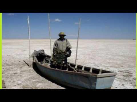 Evo Morales alerta que lago boliviano Poopó volvió a secarse