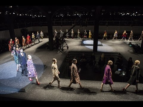 PRADA FALL/WINTER 2014 WOMENSWEAR SHOW