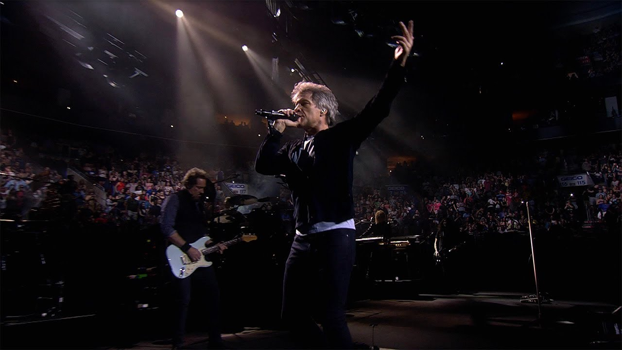 "Bon Jovi -「2018 This House Is Not For Sale Tour」Philadelphia公演から""You Give Love A Bad Name""のライブ映像を公開 thm Music info Clip"