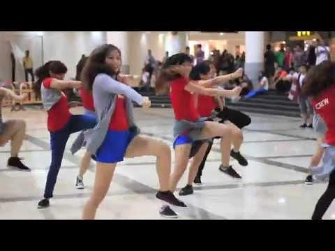 Basic House: KPOP Flash Mob with LSDC-Street