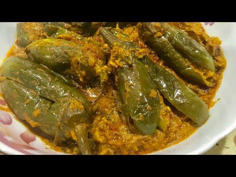 Gutthi vankaya masala koora recipe/Andhra Style stuffed brinjal curry