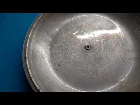 Чистим сковородки(жидким стеклом)