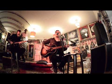 The Gaslight Anthem - Hold You Up