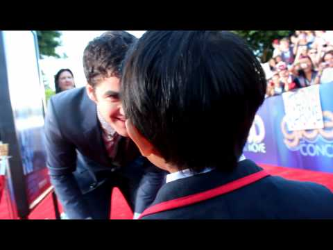 Darren Criss and Kellen Sarmiento on the Red Carpet Mini Warbler