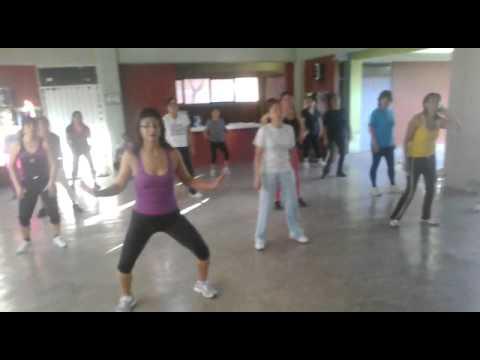 Zumba Mueve La Cadera video
