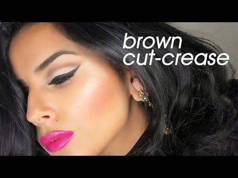 Cut crease makeup tutorial
