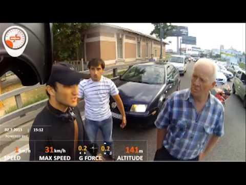 Новое видео с места драки байкера и кавказцев  Чеченец бегал по асфальту босиком и кричал  Аллах акб