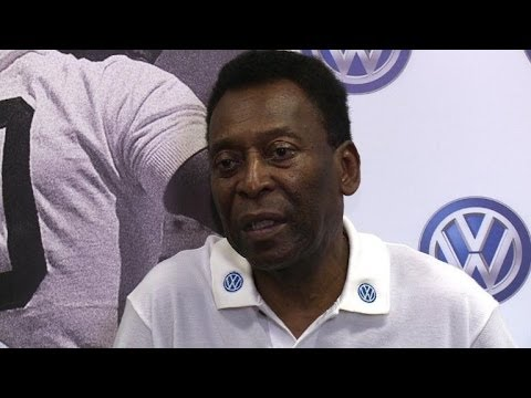 World Cup delays leave Brazilian football star Pele worried