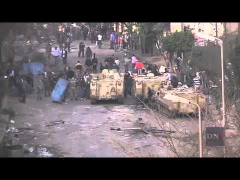Egypt Army Intervenes To Protect Protesters From Police
